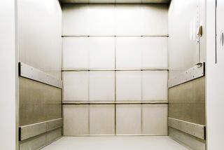 Nákladní výtahy, 4000 kg 6 stanic, Praha 10