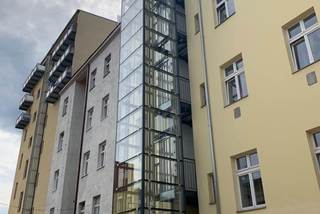 Nový osobní výtah v Argentinské ulici - Praha