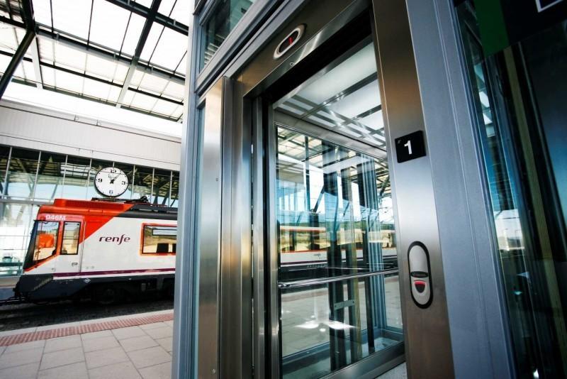 Servisní technik výtahů - region Praha
